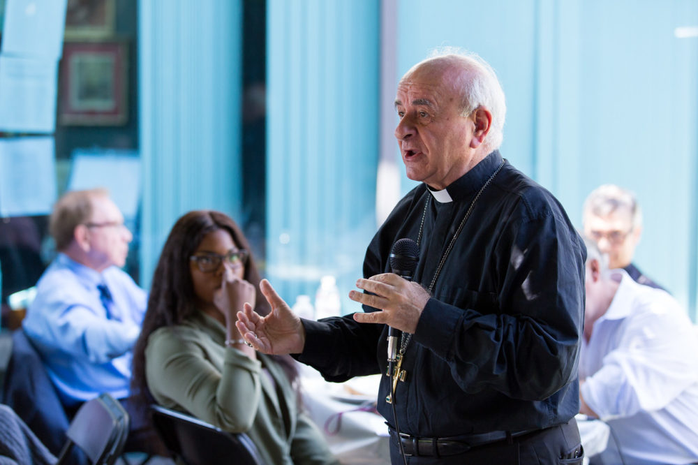 i S7zZKs6 X2 - Vatican Official Visits Bioethics Institute