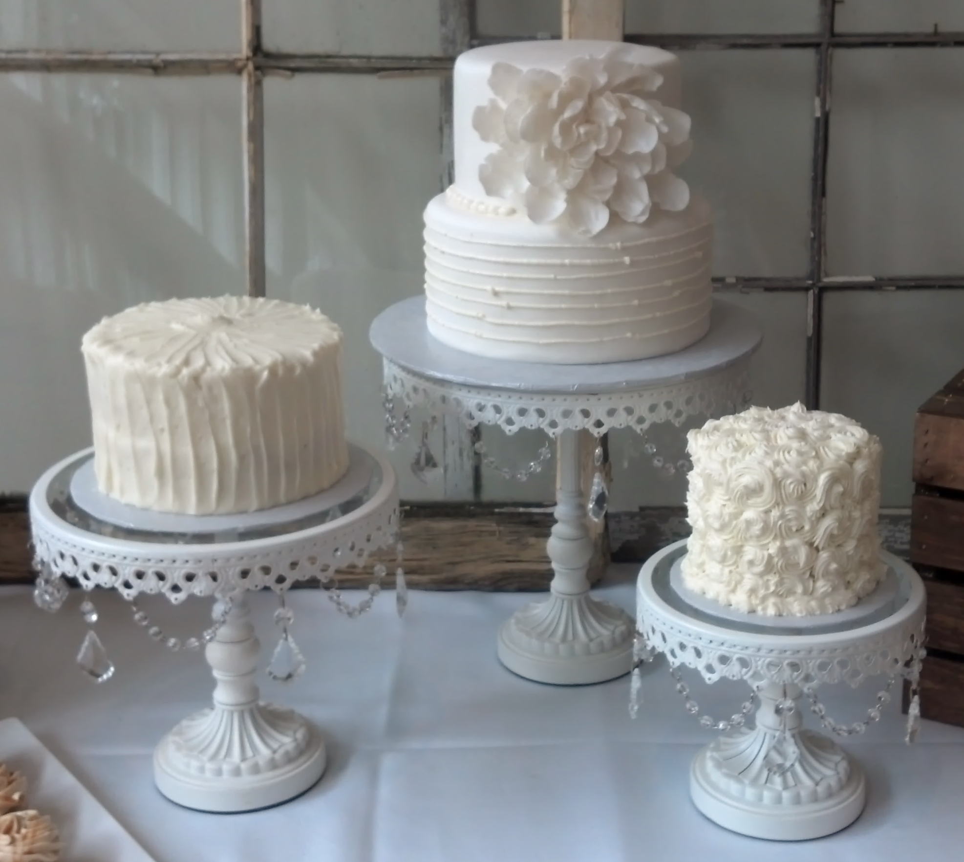 It s here Bella s Dessert Wedding Cake Style Trends for 2016
