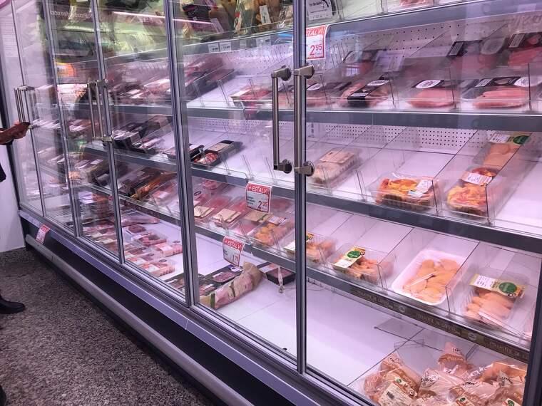 Alguns productes, com la carn, la llet i els frescos són els que s'acaben més ràpidament