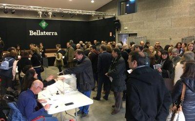 Cues sense incidències per votar a primera hora a Bellaterra