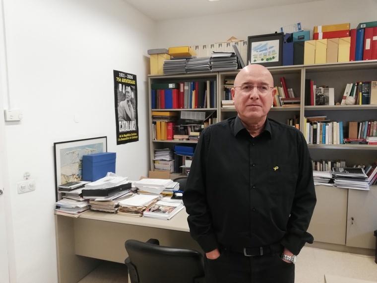 Joan Manuel Tresserras, al seu despatx de la Universitat Autònoma | Toni Alfaro