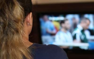 El Consell de l'Audiovisual de Catalunya alarma sobre la desinformació i el bon ús de les pantalles