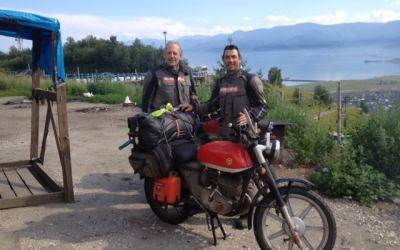 El bellaterrenc Edu Cots publica un llibre sobre el seu viatge fins al Japó en moto