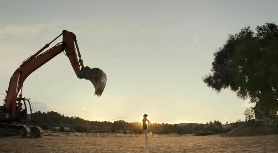 Fotograma de 'Acte III: Compromís', de Mediterràniament | Estrella Damm