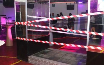 La Generalitat tanca discoteques, sales de ball i sales de festes amb espectacle