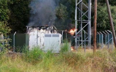 S'incendia una estació elèctrica i de telefonia a Bellaterra