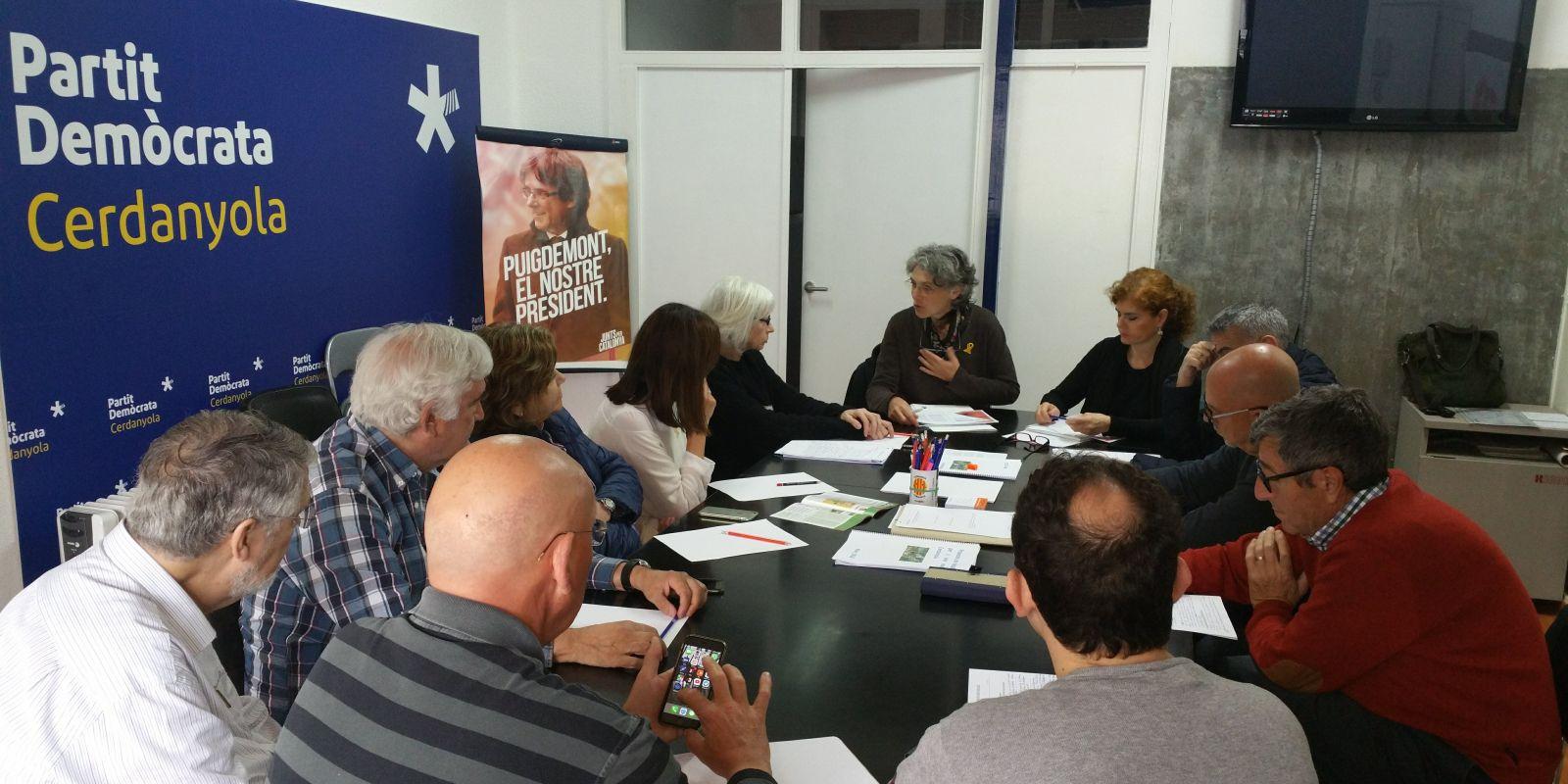 Imatge d'arxiu d'una reunió de l'executiva del PDeCAT cerdanyolenc | Cedida
