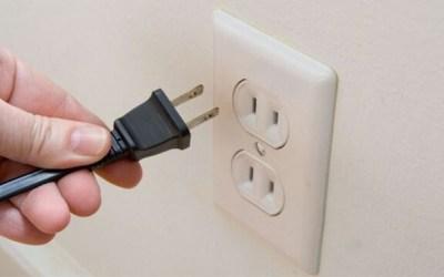 Les claus que expliquen l'apagada massiva elèctrica per aquest vespre