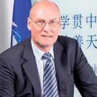 Prof. Ewout Schaft