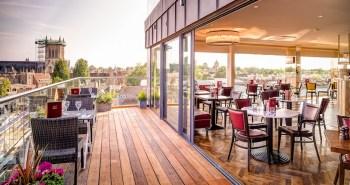 Six Bar & Brasserie