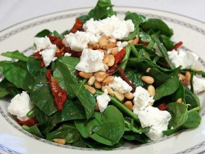 spinach and goats cheese salad