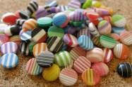 Mosaïques colorées rondes, mélangées, diamètre de 8mm, Emballage de 25 pour 3$