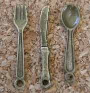 Coutellerie, bronze, environ 23-24mm long