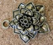 Fleur 3D, bronze, diamètre d'environ 40mm, 15mm hauteur