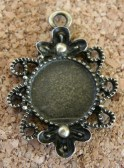 Médaillon bronze vieilli, 28x20mm