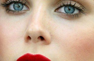 LIBERA SCELTA: gli errori di make up che invecchiano