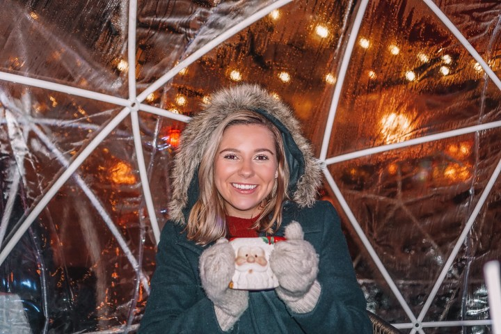 perfect Christmas weekend in Atlanta from pop up bars, igloos, ice skating spots, Christmas lights and displays, small towns to visit, things to do, and events