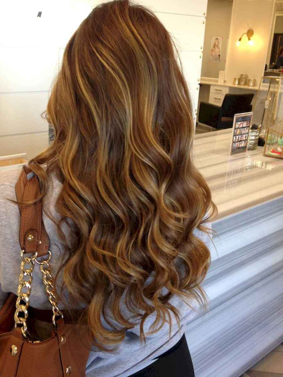 03 Cute Ideas To Spice Up Light Brown Hair