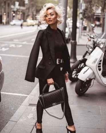 25 Cool Girls WaysTo Wear Leather Legging