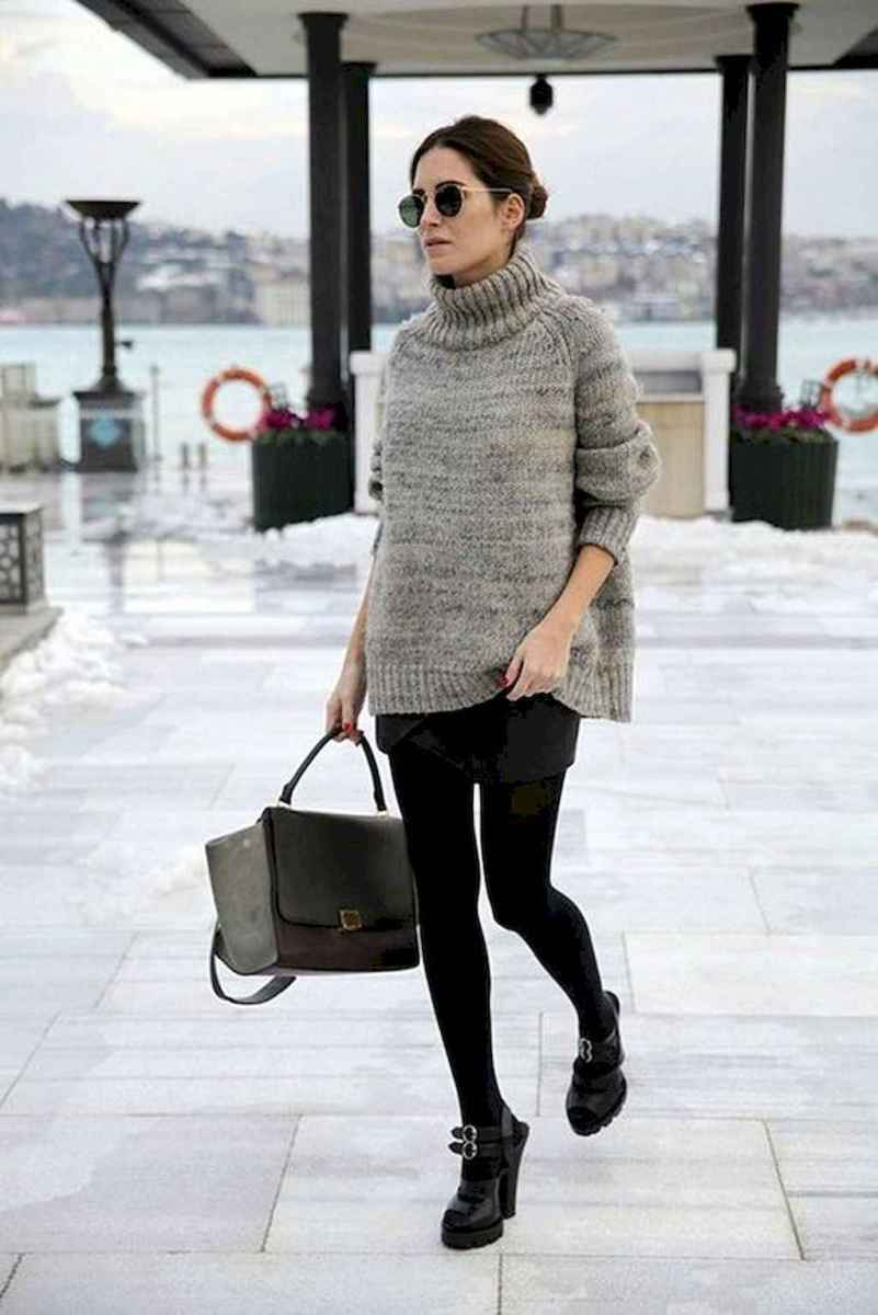 28 Amazing Outfit Ideas for Wearing Oversized Sweaters