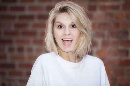 28 Messy Short Hair for Pretty Girls
