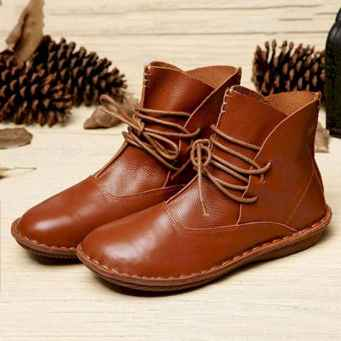 42 Best Vintage Boots For Women