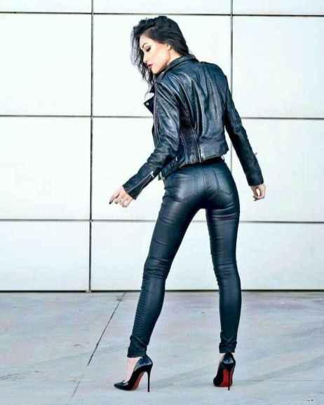 52 Cool Girls WaysTo Wear Leather Legging