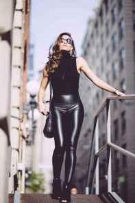 56 Cool Girls WaysTo Wear Leather Legging