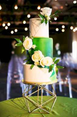 12 Green Wedding Cake Inspiration with Classy Design