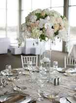 14 Romantic White Flower Centerpiece Decor Ideas