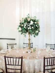 32 Romantic White Flower Centerpiece Decor Ideas