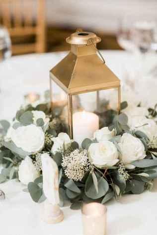 38 Romantic White Flower Centerpiece Decor Ideas