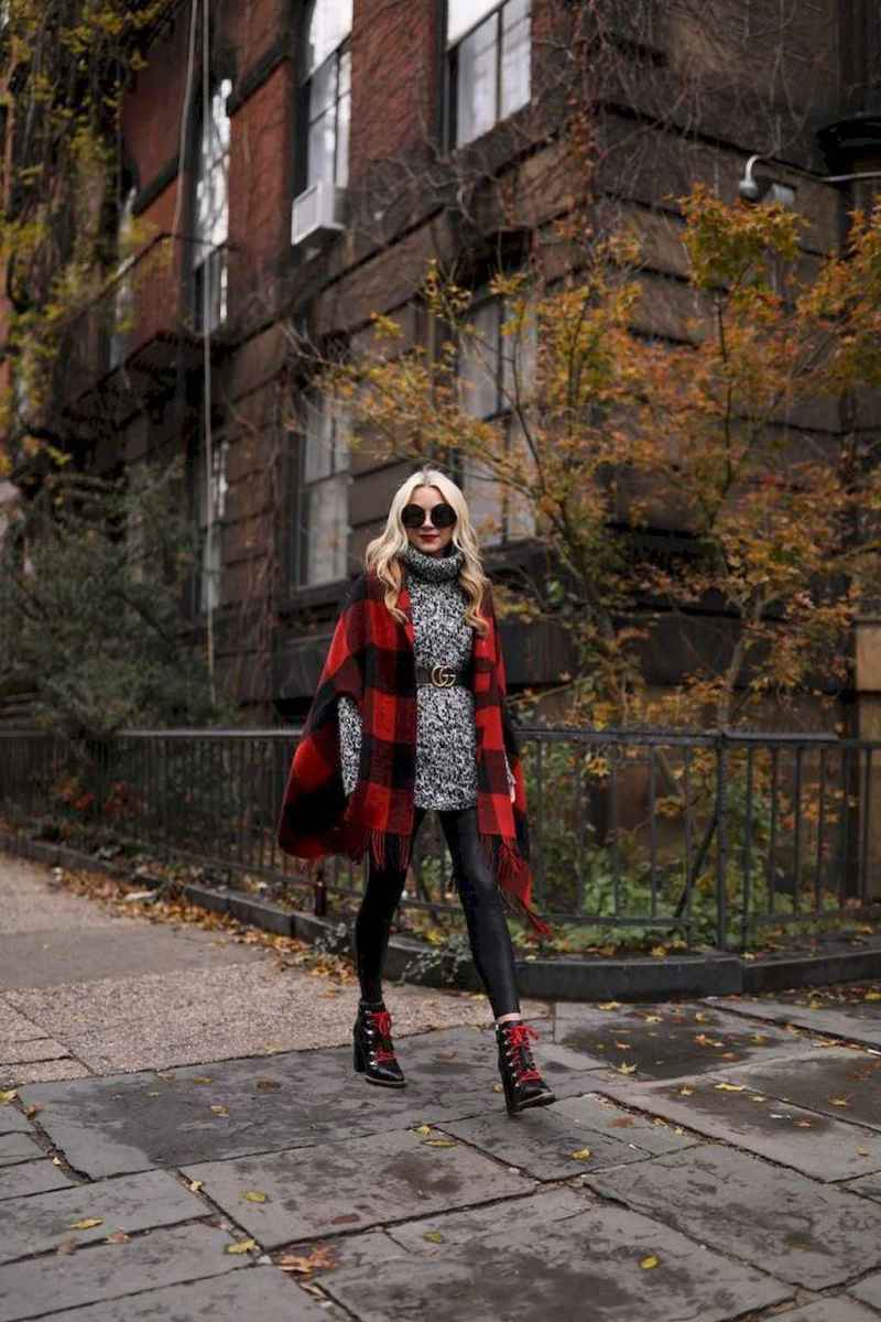 04 Trending Winter Outfits Oversized Poncho Outfit Ideas