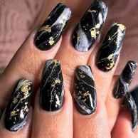 08 Elegant Black Nail Art Designs that You'll Love