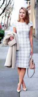 08 Elegant Work Outfits Every Woman Should Own