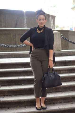 12 Elegant Work Outfits with Flats Every Woman Should Own