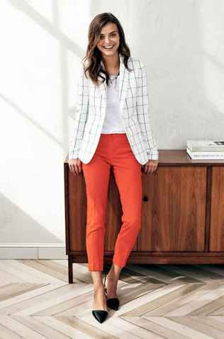 13 Elegant Work Outfits with Flats Every Woman Should Own