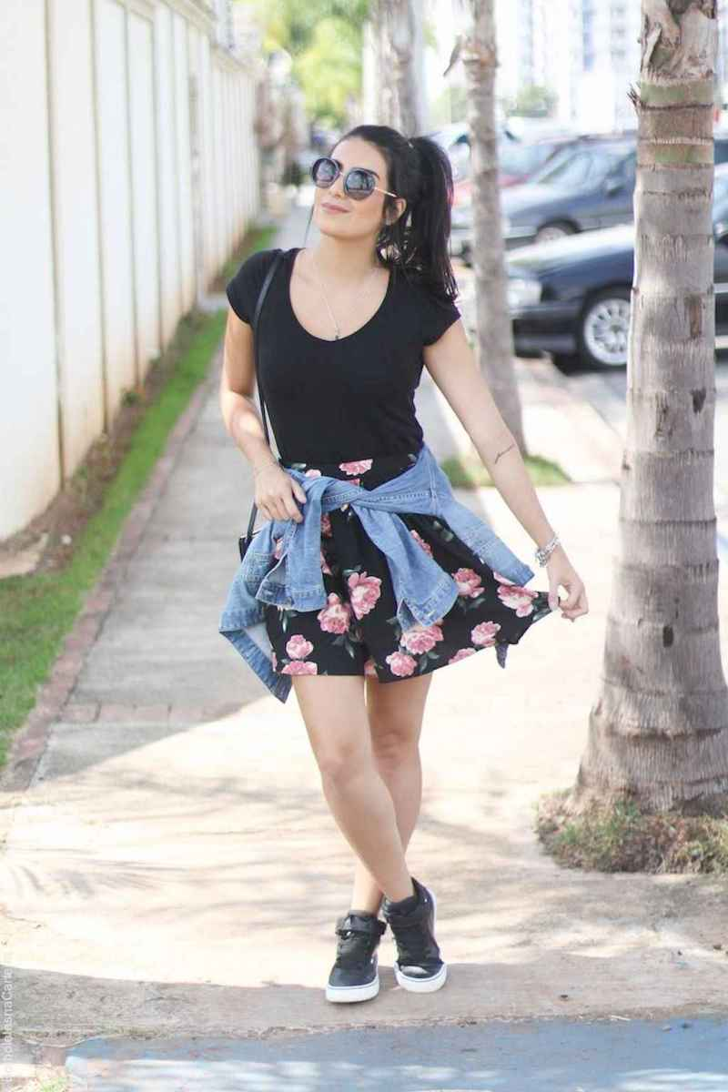 17 Trending and Popular Skirt Outfit Ideas