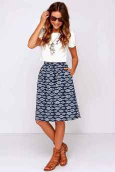 18 Trending and Popular Skirt Outfit Ideas