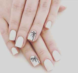 25 Special Summer Beach Nails Designs for Exceptional Look