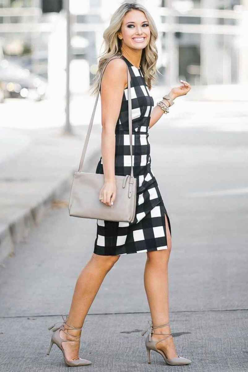 30 Elegant Work Outfits Every Woman Should Own