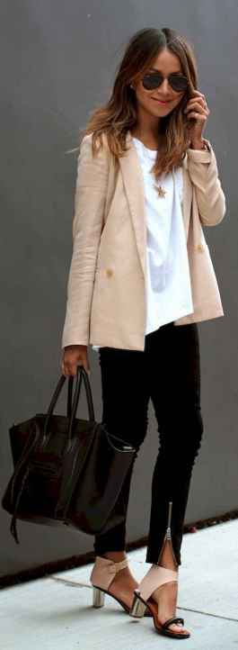 35 Elegant Work Outfits Every Woman Should Own