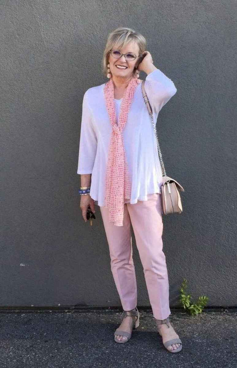 05 Best Stylish Outfits for Women over 50