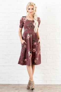 15 Trendy Business Casual Dress for Ladies
