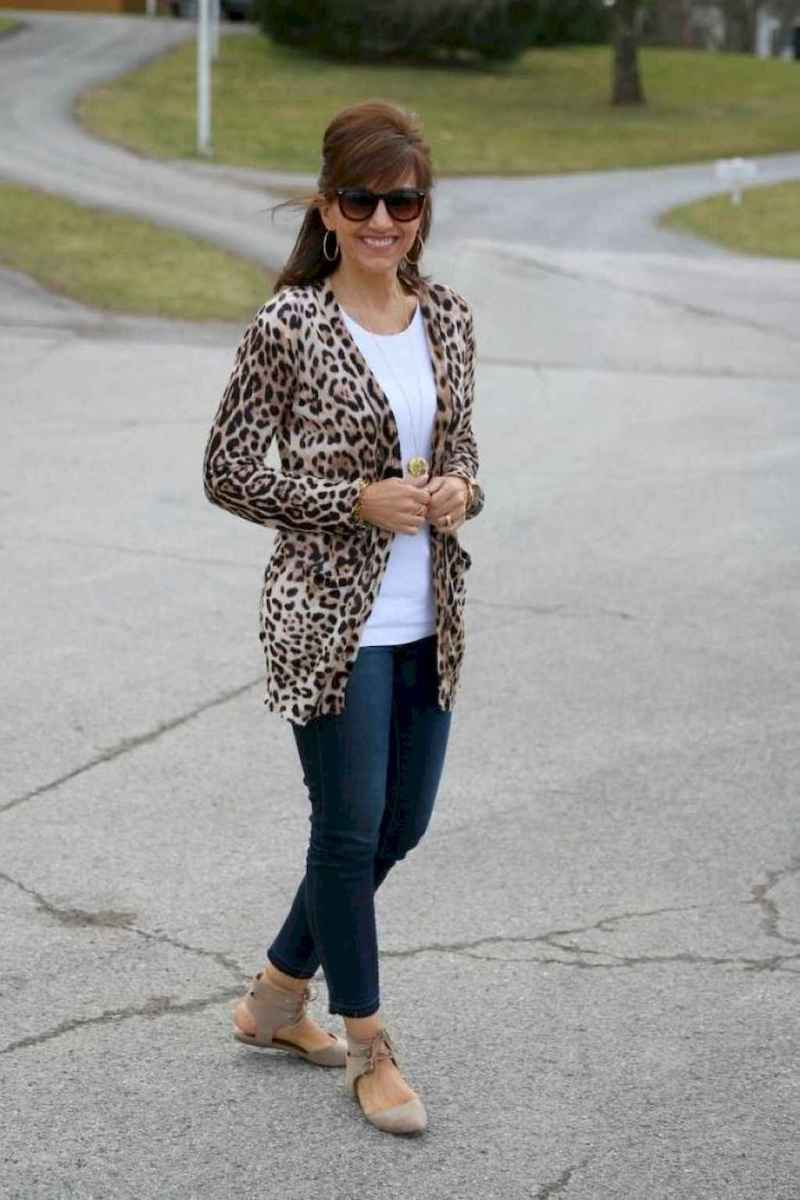 20 Best Stylish Outfits for Women over 50