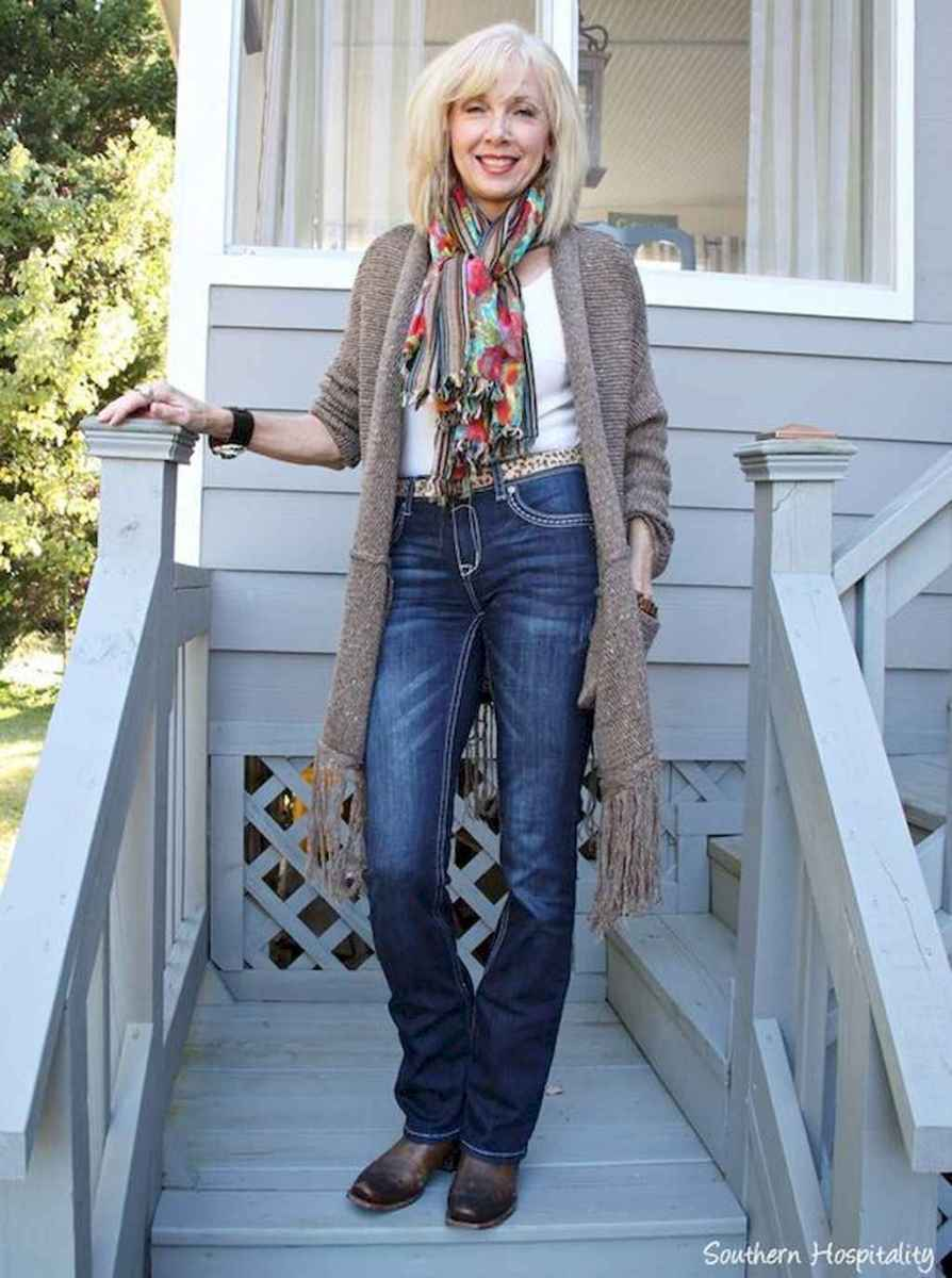 28 Best Stylish Outfits for Women over 50