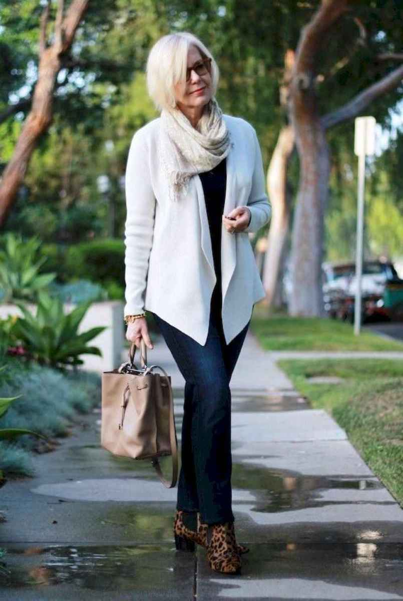 34 Best Stylish Outfits for Women over 50