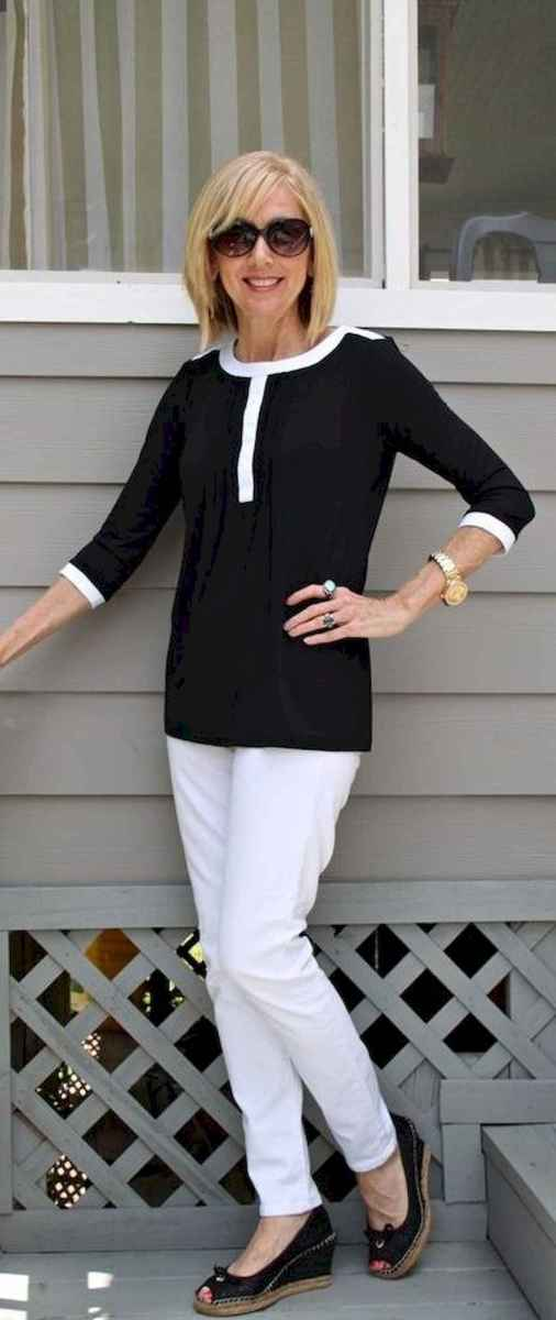 38 Best Stylish Outfits for Women over 50