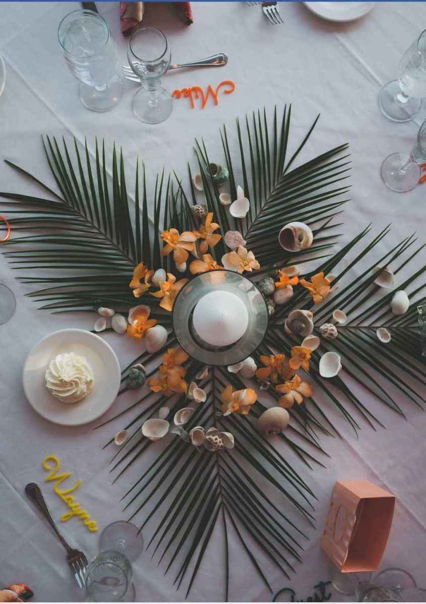 41 Romantic Tropical Wedding Ideas Reception Centerpiece