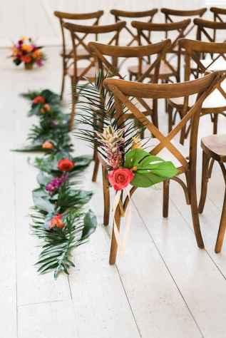 44 Romantic Tropical Wedding Ideas Reception Centerpiece